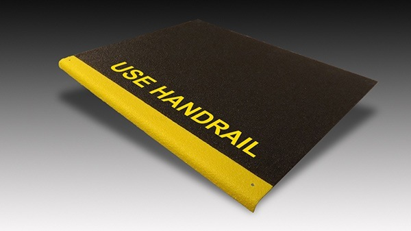 Step covers with safety messaging and two-tone colors